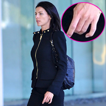 //liberty ross no wedding ring