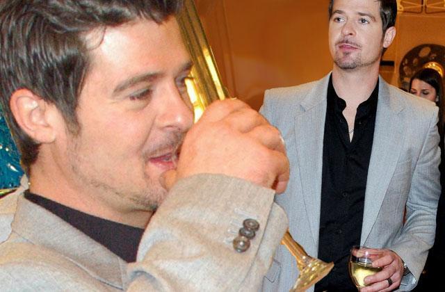 Alan Thicke Dead Robin Drinking