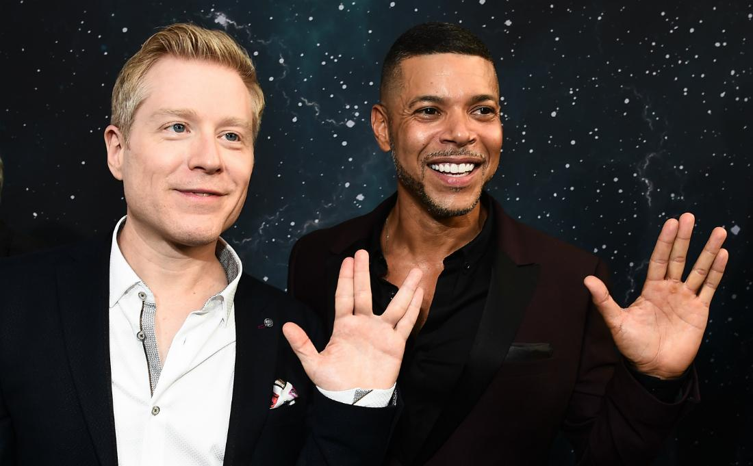 Wilson Cruz and Anthony Rapp with a Vulcan greeting.