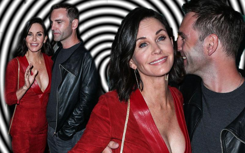 Courteney Cox Hypnotized Johnny McDaid Reunion