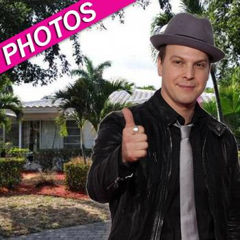 //gavin degraw selling florida home zillow