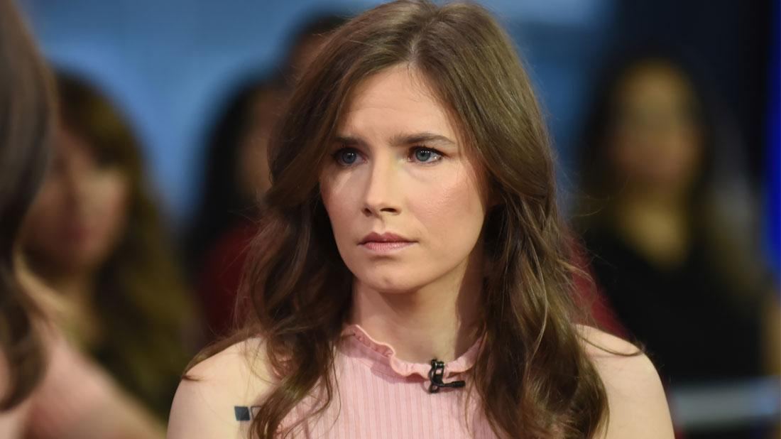 Sexual Abuse Fears Amanda Knox Italian Prison Guard Shower