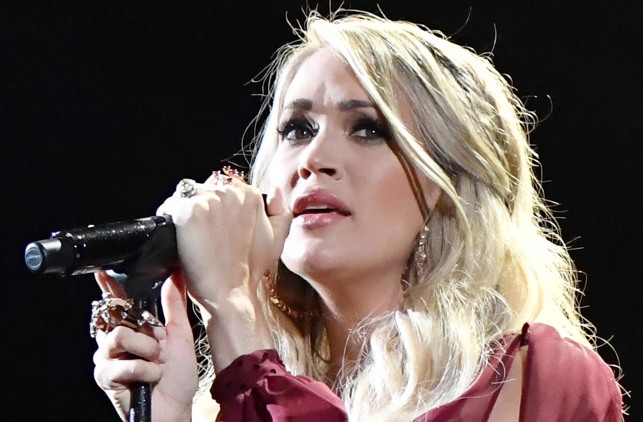 Carrie Underwood Talks About Voice Fears After Facial Injury