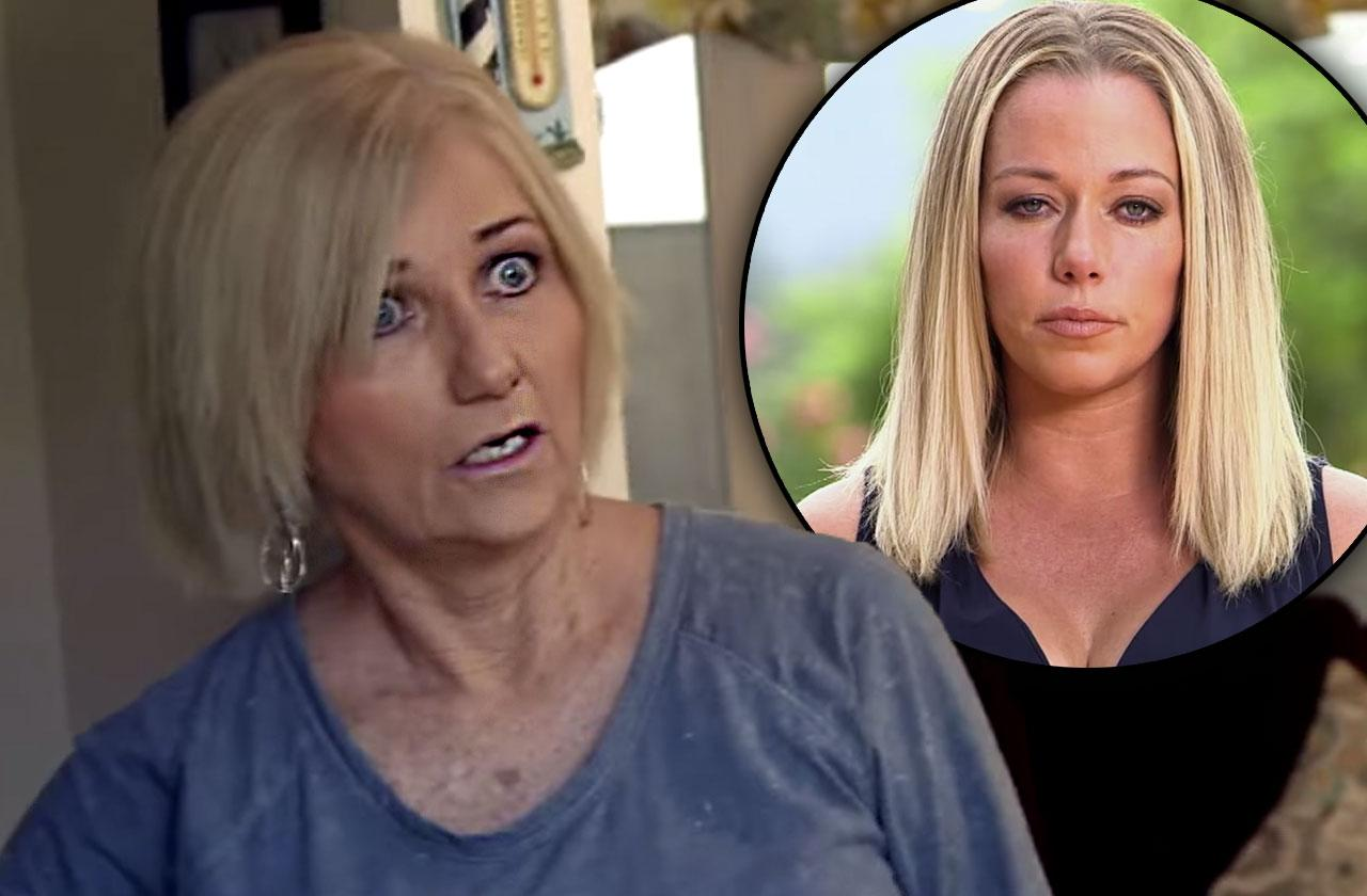 //Kendra Wilkinson Mom Tell All Book Hank Baskett Affair pp