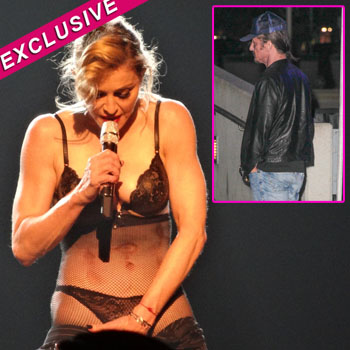 //sean penn flirt madonna splash