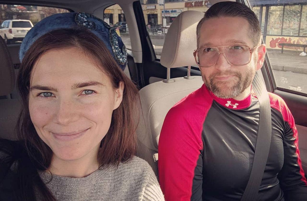 Amanda Knox Gets Engaged To Christopher Robinson