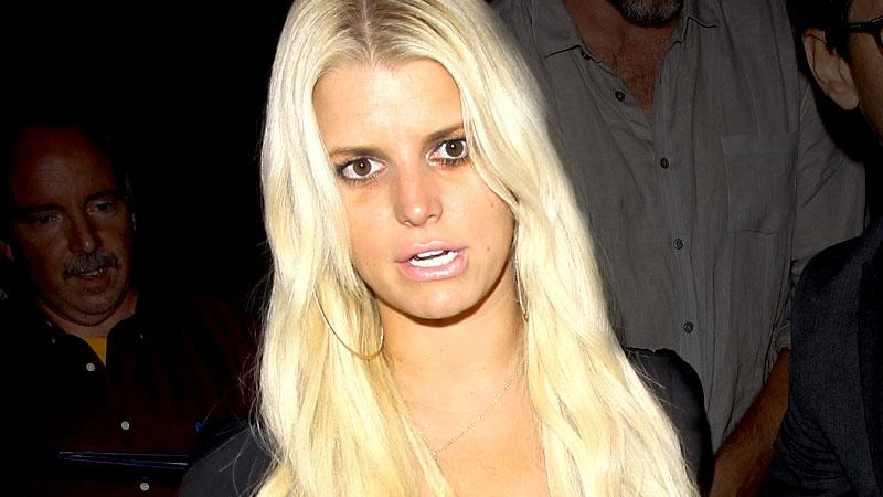 Jessica Simpson Drinking Rehab In Home
