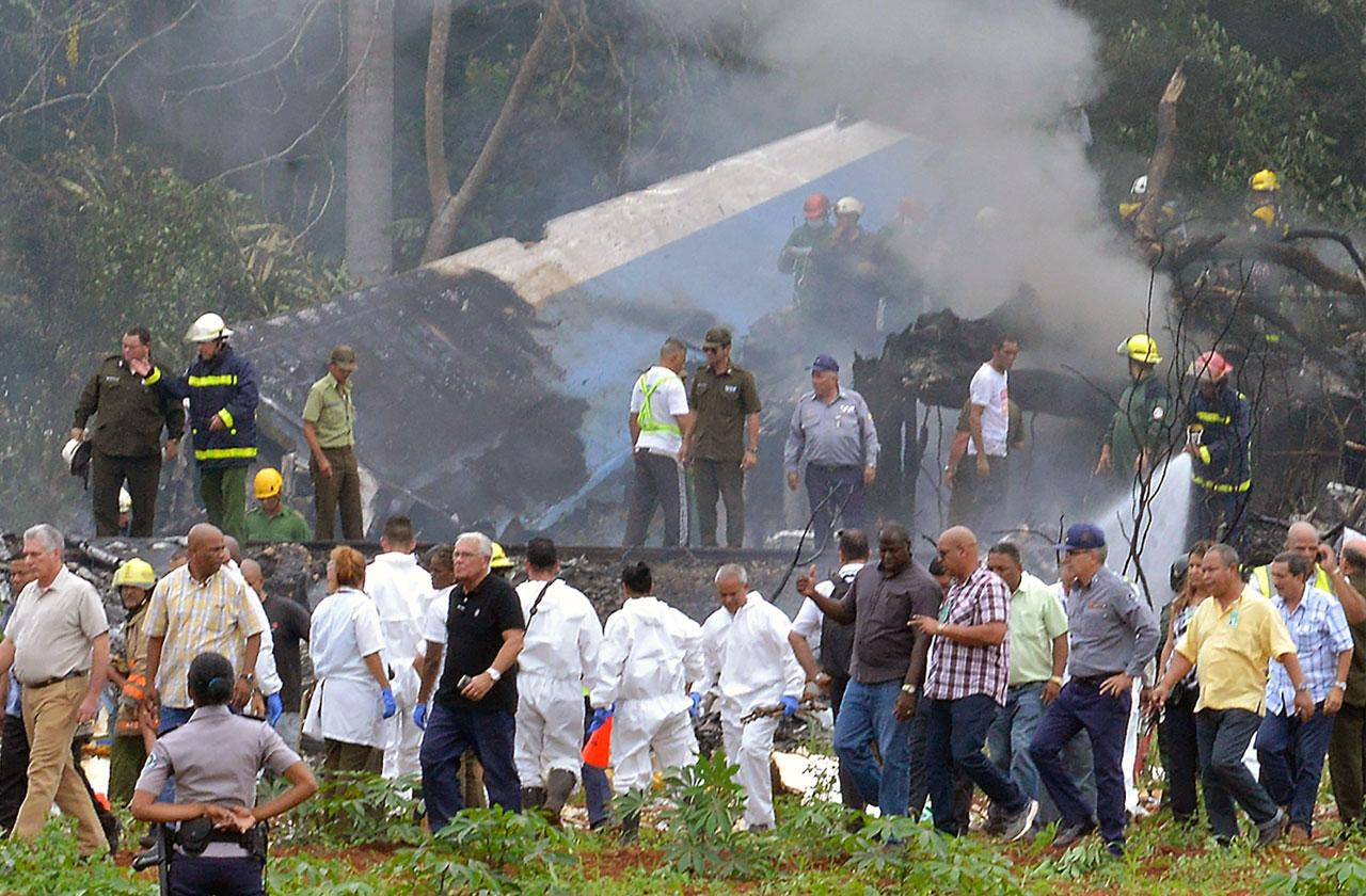 //cuban jet crashes after taking off from havana PP