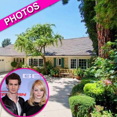 //emma stone and andrew garfield home