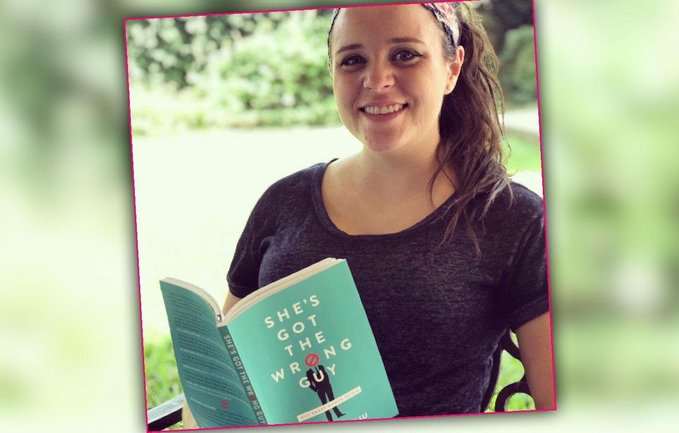 jinger duggar recommends advice book to single women