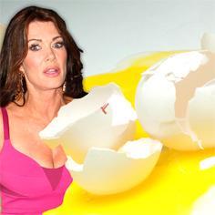 //lisa vanderpump eggs thrown sq