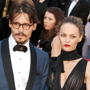 //vanessa paradis miserable couple