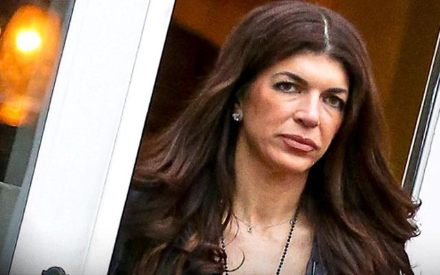 Teresa Giudice Not Allowed To Go Out At Night Check In Prison Officials