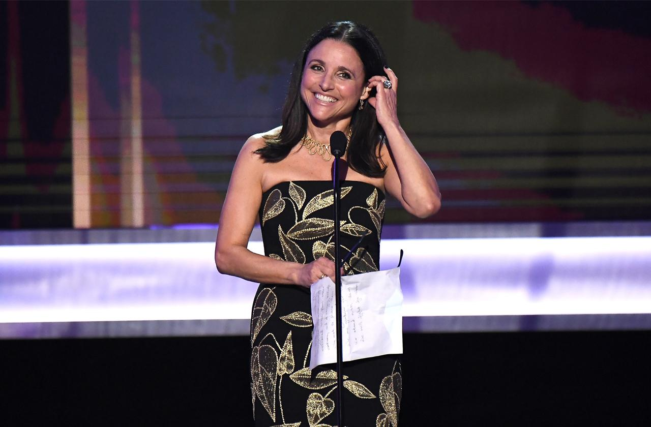 //cancer victim julia louis dreyfus thankful for thanksgiving pp