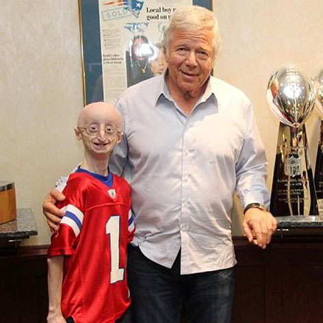 //sam_berns_robert_kraft_twitter