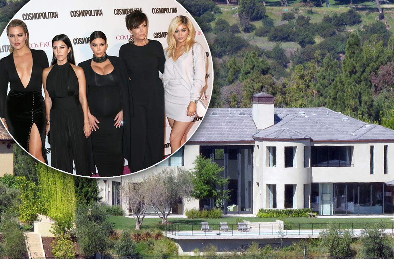 Khloe Kardashian, Kourtney Kardashian, Kim Kardashian, Kris Jenner and Kylie Jenner.