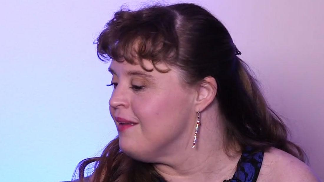 jamie brewer reflects on winning the see it be it award watch