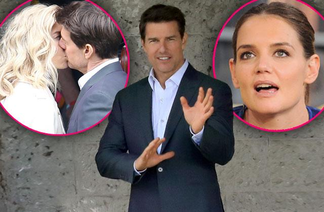 Tom Cruise Mission Impossible 6 Vanessa Kirby Kissing
