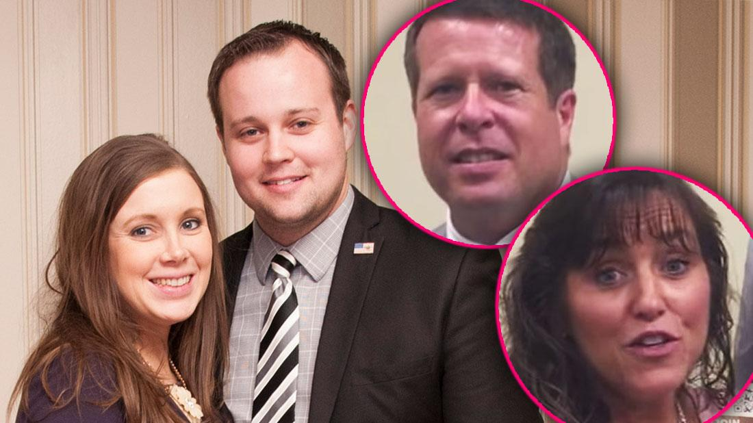 Anna And Josh Duggar Smiling With Insets of Jim Bob Duggar and Michelle Duggar