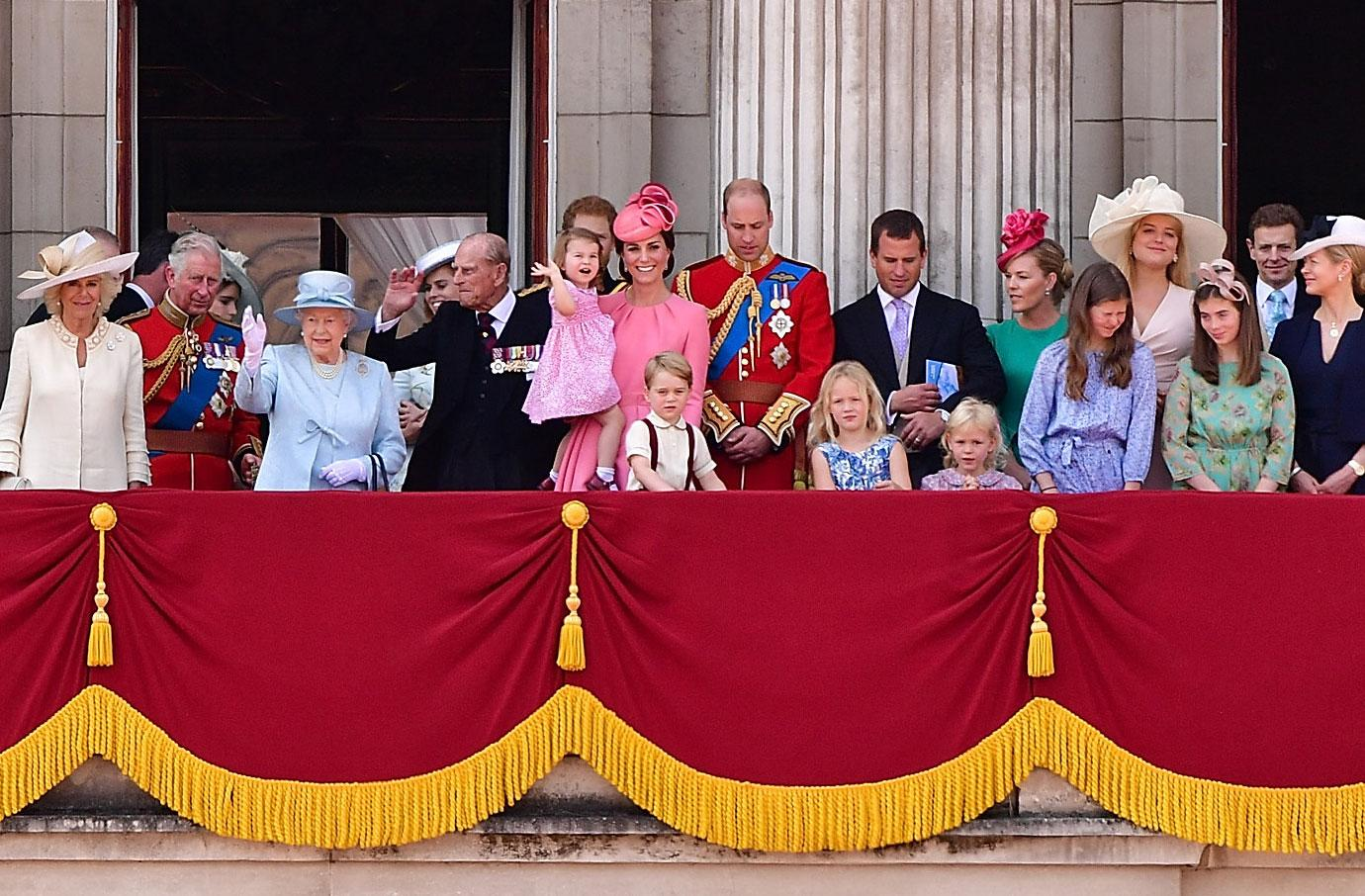 Prince William Kate Middleton Kids George Charlotte Buckingham Palace