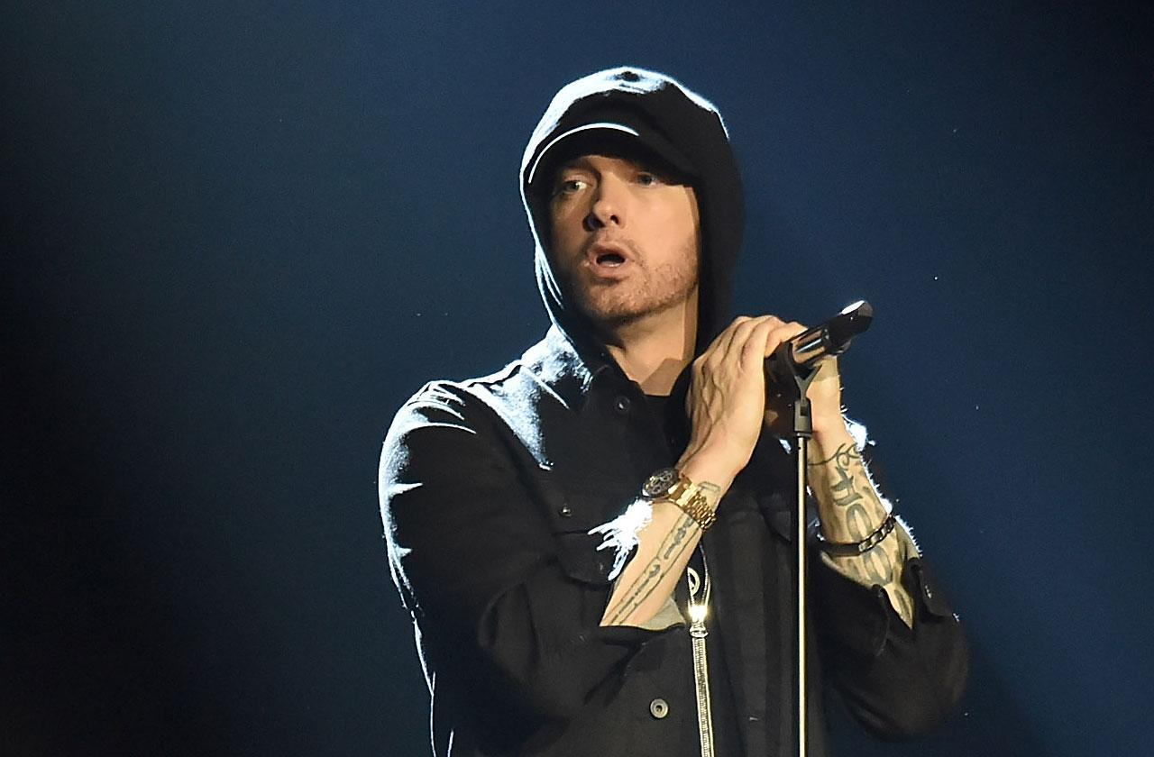 eminem tour tin foil windows paranoid tour