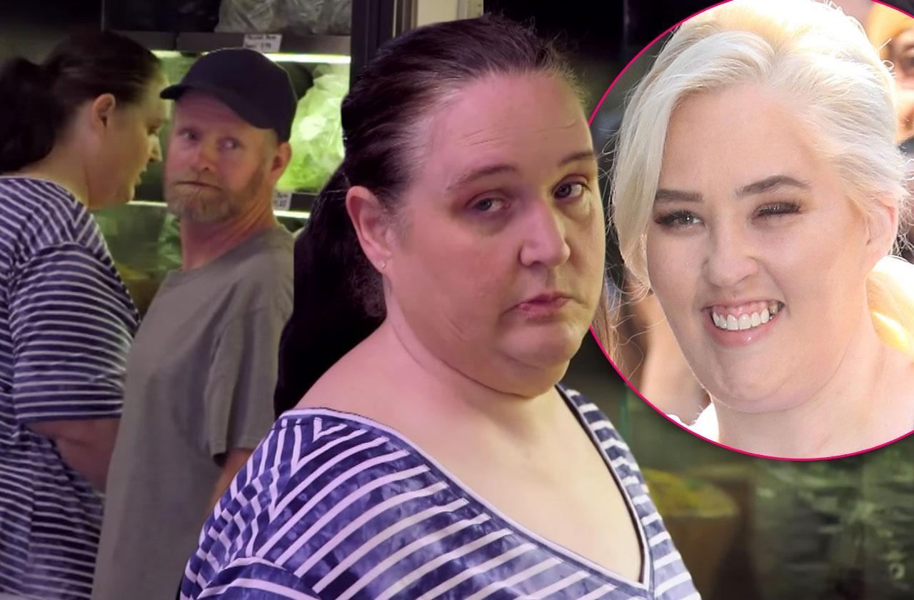 Mama June Married Ex Sugar Bear Flirts With Another Woman