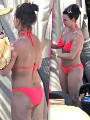 //britney spears is keeping up with kim shows off banging booty in bright pink bikini tall