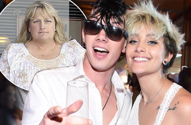 Paris Jackson Snubs Debbie Rowe Cancer Diagnosis