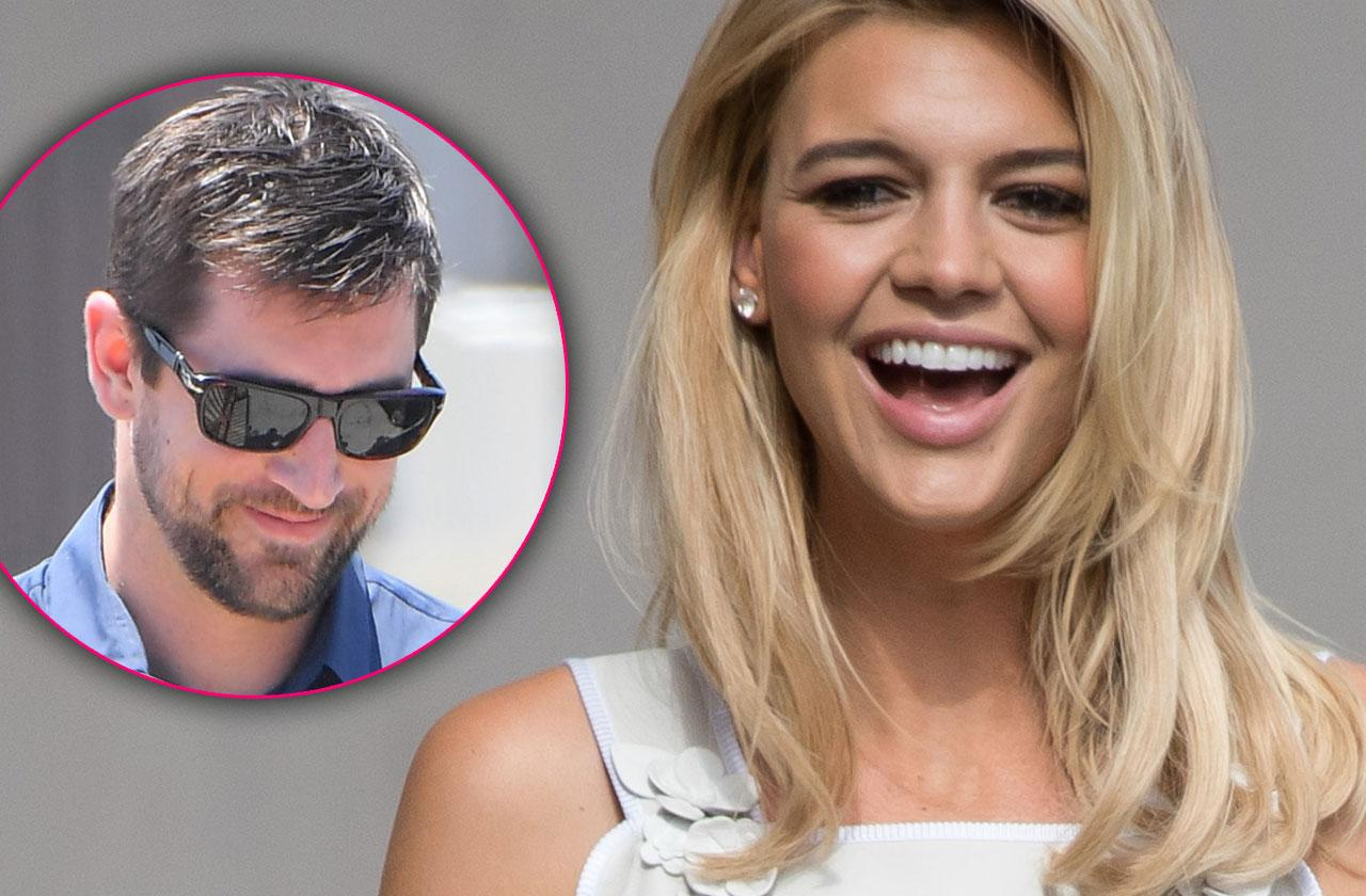 Aaron Rodgers And Kelly Rohrbach Dating Casually Seeing Other People