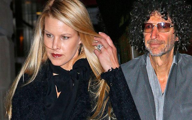Howard Stern Wife Beth Ostrosky Photos