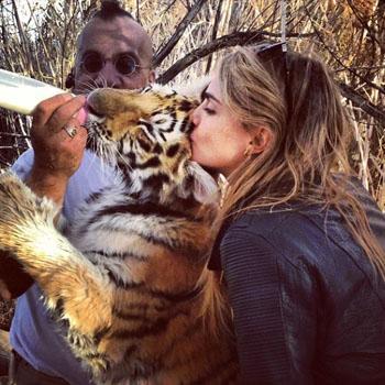 //michelle rodriguez cara tiger