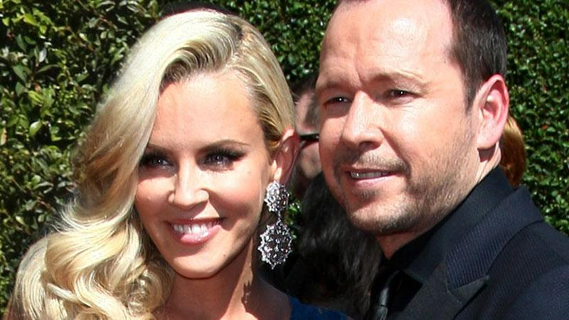 //donnie wahlberg and jenny pp