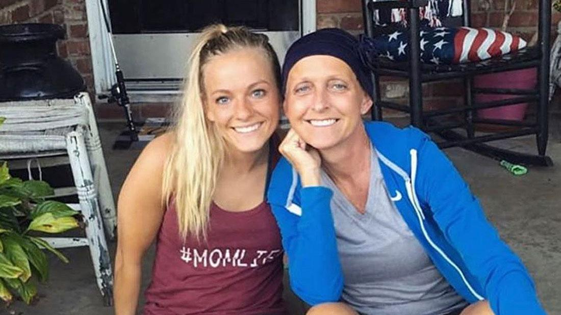Mackenzie McKee Pictured With Her Mom Angie Douthit, Sitting on the Steps to their house