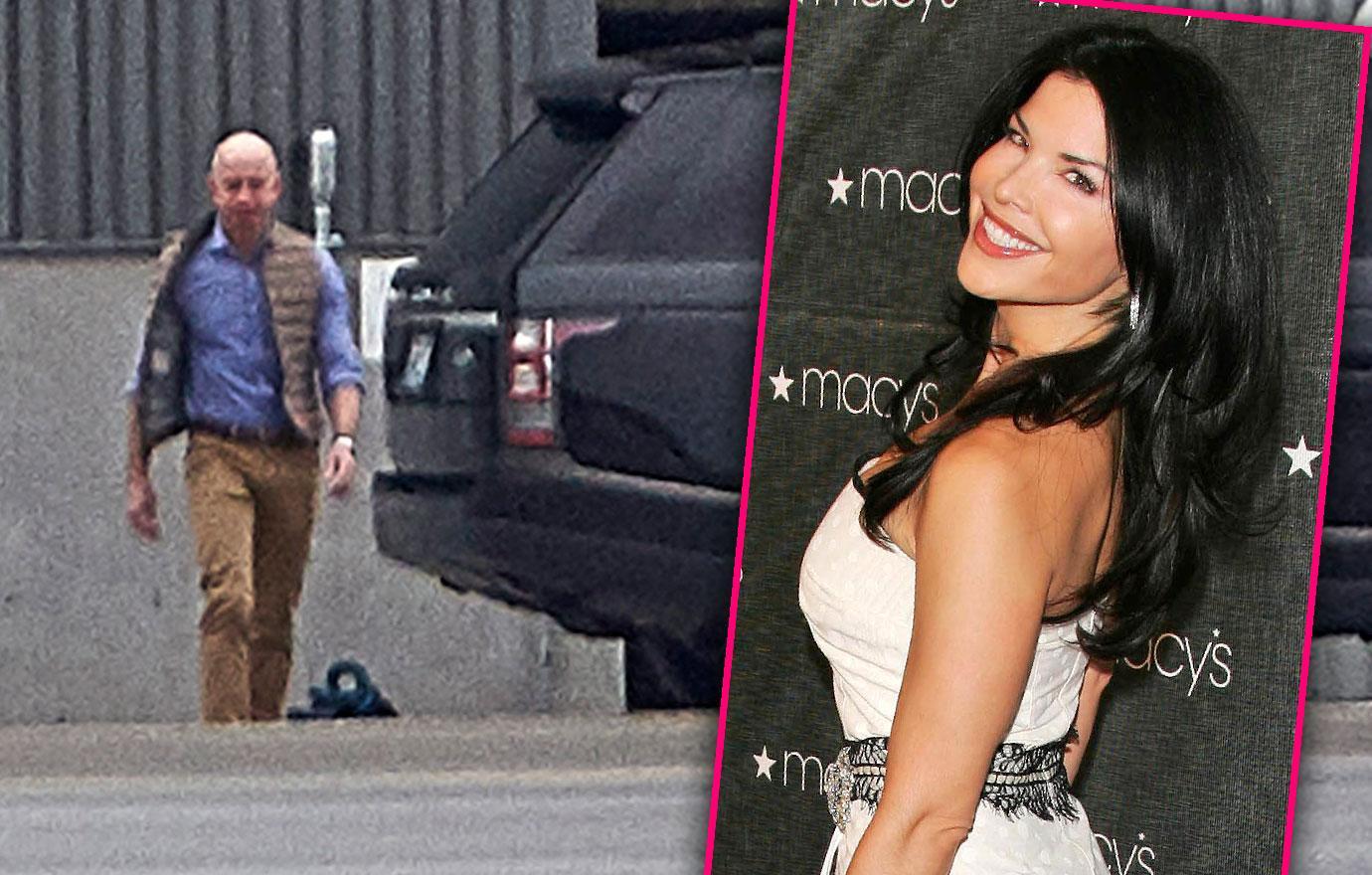 Jeff Bezos Seen In First Photos Since Mistress Scandal