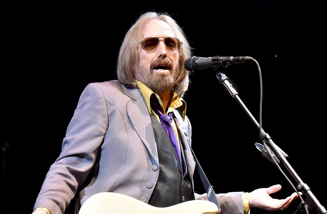//tom petty dead heart attack taken off life support pp