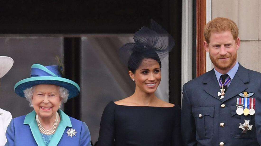 Queen Says She's Supportive Of Prince Harry & Meghan Markle's Decision