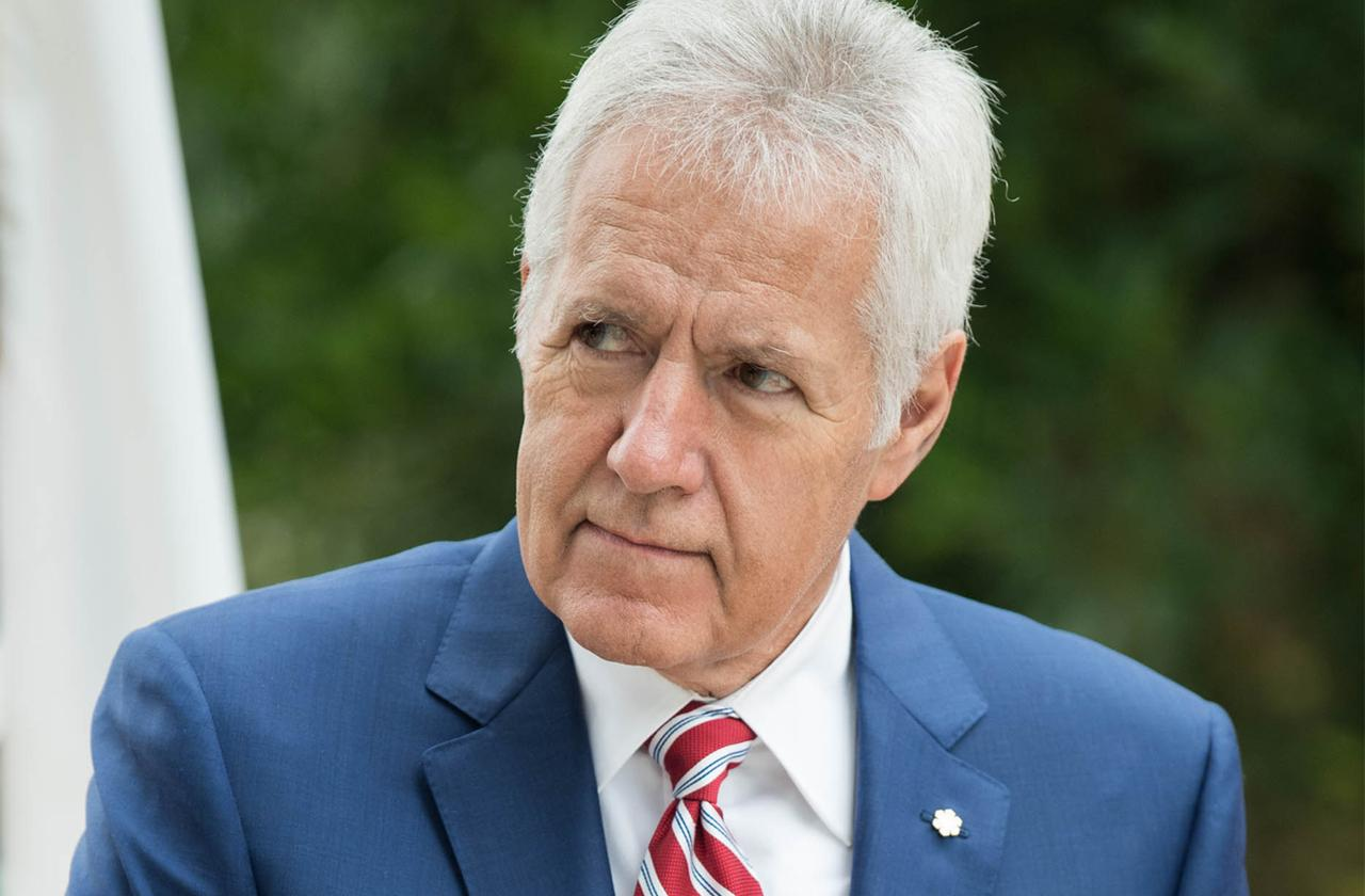 Alex Trebek Reveals Battle With Stage 4 Pancreatic Cancer