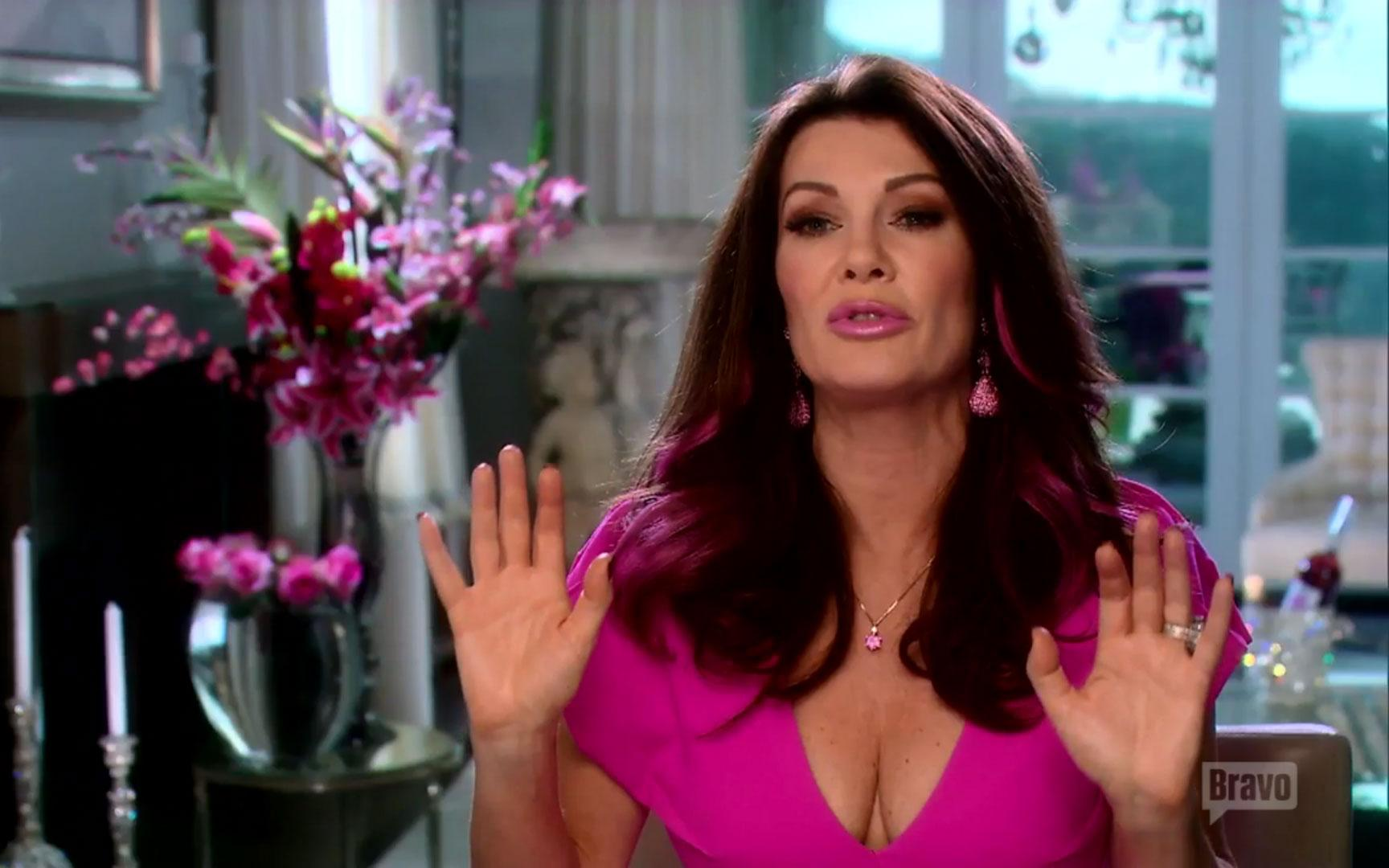 //rhobh lisa vanderpump lies lisa rinna