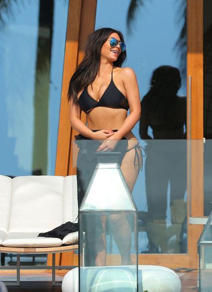 Kim Kardashian Black Bikini Phuket Thailand