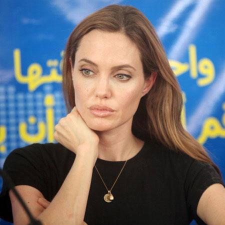//angelina jolie to testify pp