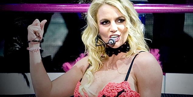 //britney spears is she singing live vegas