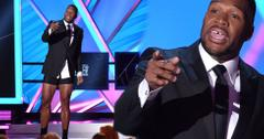 Michael Strahan Strips As Critic's Choice Awards Host