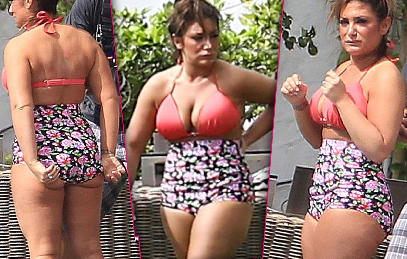 Jersey Shore Deena Cortese Flaunts Curves At Pool
