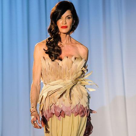 //janice dickinson jewelry fashion show
