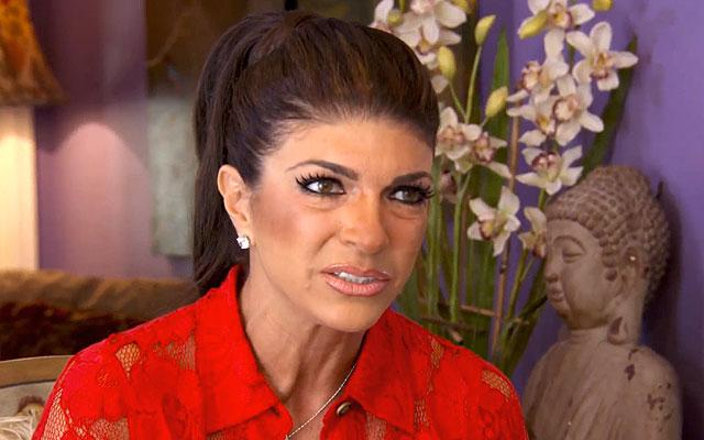 //teresa giudice drink alcohol house arrest