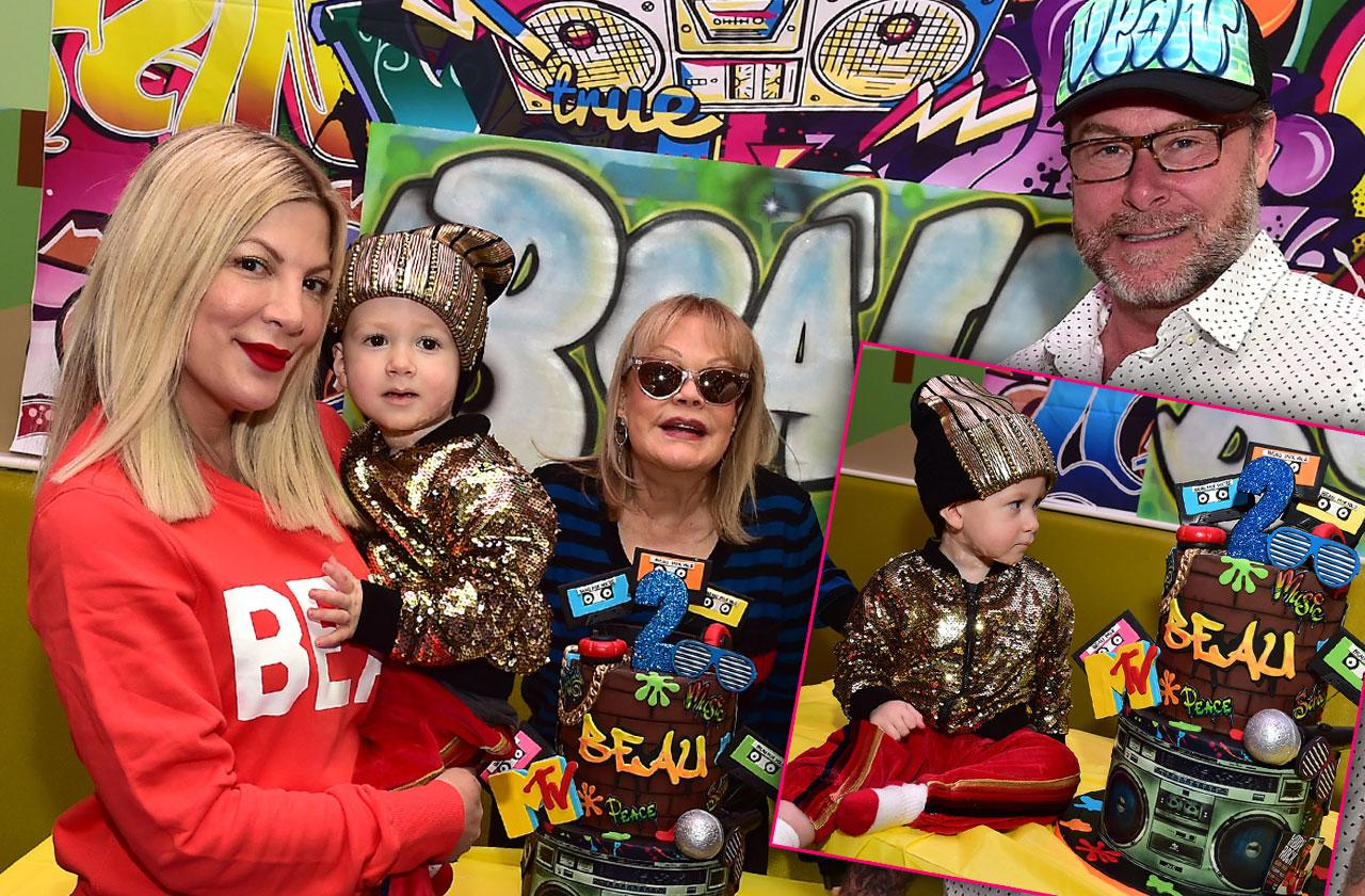Tori Spelling Reunites Mom Candy Son Beau Birthday Party
