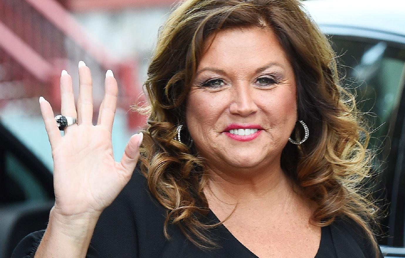 Cancer Stricken Abby Lee Miller Thanks Her Doctors